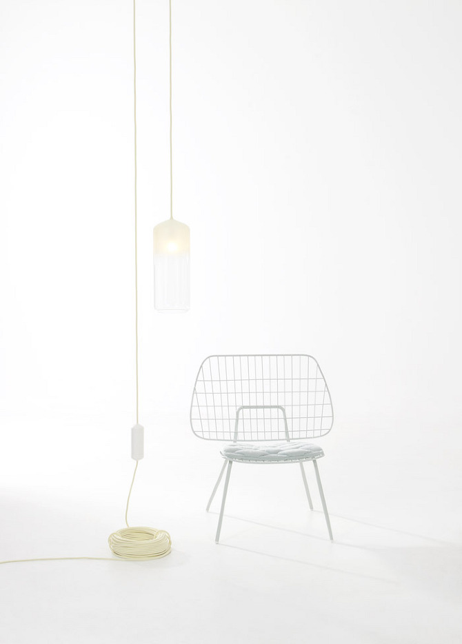 2%20lamp%20easy chair Easy Chair and Gradient Lamp by Studio WM in thisispaper.com